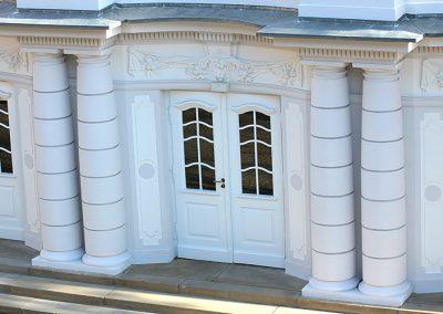 Stuck-Decus-Brakel-Baudenkmalpflege-Stadtteather-Minden-Putz-Stucksanierung-Eingangsbereich